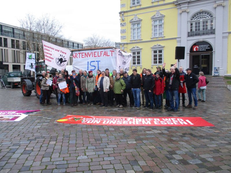 tl_files/agrarwende/content/aktuelles/Demonstration Oldenburg/Demoteam_E.Wendt.jpg